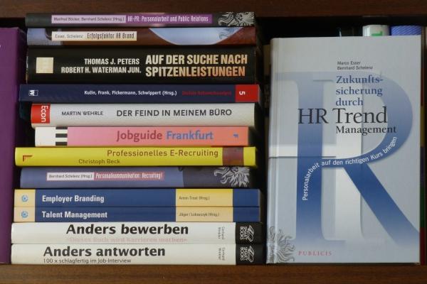 Marco Esser / Bernhard Schelenz: Zukunftssicherung durch HR Trend Management