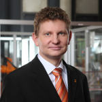 Dr. Andreas Bauer