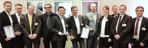 Monster zeichnet Gewinner der diesjährigen MMC Awards aus (v.l.): Tim Brömstrup (HR New Media GmbH), Henryk Vogel (Monster), Heiner Piepenstock (Gabler Werbeagentur GmbH), Wolfgang Weber und Ralf Kuncser (beide Königsteiner Agentur GmbH), Christian Hagedorn (Westpress GmbH), Christian Sandow und Nina Heinzelmann (beide delphi HR-Marketing + Media GmbH), Svenja Krämer (Monster), Stefan Kraft (mediaintown GmbH), Sigurd Mendel (checkpoint HRnetworks GmbH).
