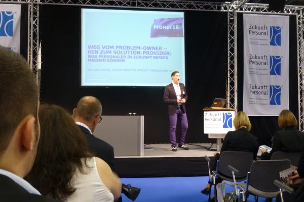 Dr. Lars Janzik (Monster) bei seinem Vortrag auf der Zukunft Personal 2014