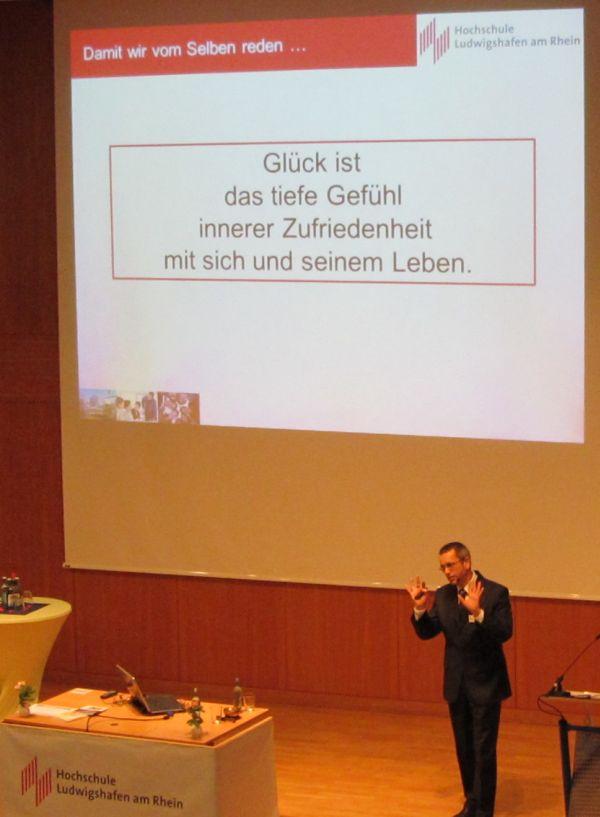 Prof. Dr. Jörg B. Kühnapfel, Professur für General Management an der Hochschule Ludwigshafen