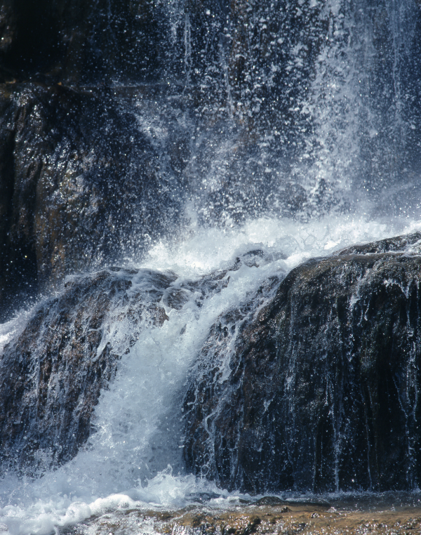 picture_waterfall_small_dreamstimefree_244915