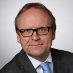 Dr. Thomas Haussmann