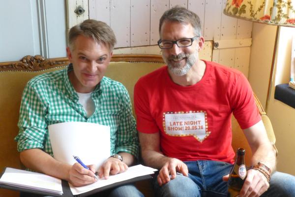 Die Kapitäne im Heimathafen: Klaus Krückemeyer und Henner Knabenreich beim Briefing
