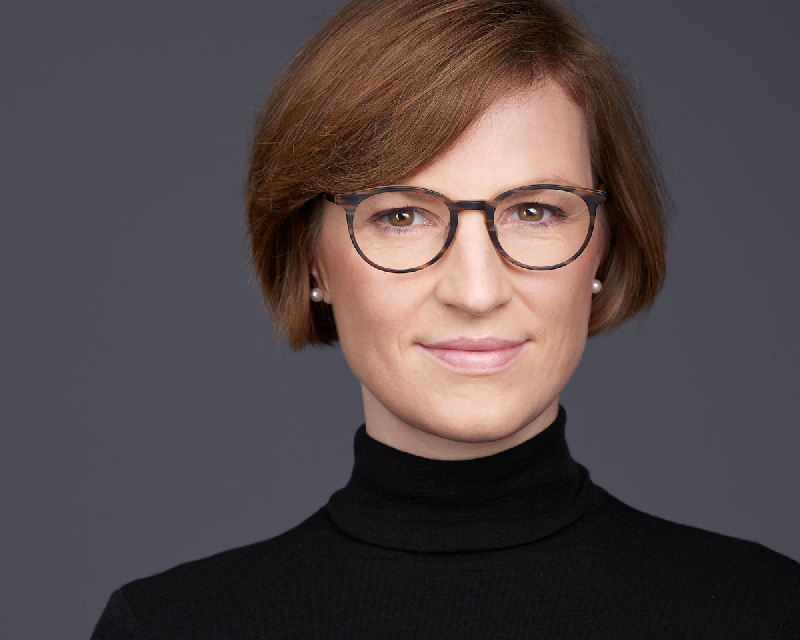 Theresia von Grafenstein, Principal, Consultants, dla Digital Leaders Advisory GmbH, Executive Search, Digital Manufacturing, Public, Energy, Egon Zehnder, Spencer Stuart, Henkel AG, Crosswater Job Guide,