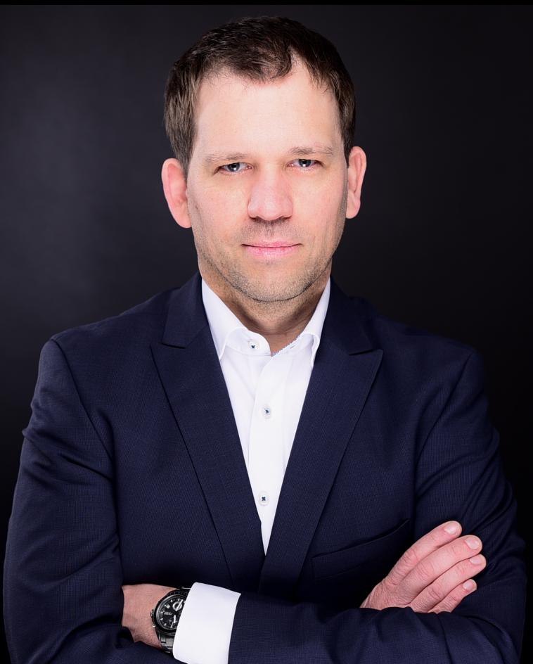 Zeit Online, Academics, Dirk Mussenbrock, Stellenmarkt, Studienorientierung, Berufsorientierung, Crosswater Job Guide,